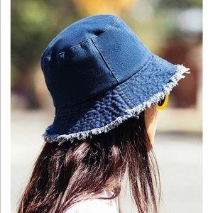 Raw edge jean bucket hat
